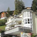 Larix Apartments