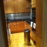 Apartment 2 Hertfort St - Kitchen