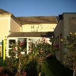 Foto de Hotel aux Lys de Chablis