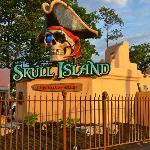 Skull Island Mini Golf