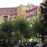 Entrada Centro Comercial