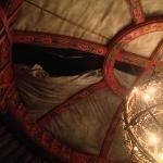 vue du plafond de la yourte