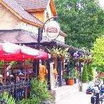Chelsea Pub Outdoors