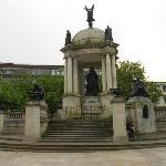 Queen Victoria Monument - Nearby