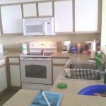 huge n fully equipped kitchen.....spotless