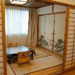 本格的な和室です ただし少し古い感じはあります