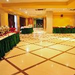 Banquet Ideal for Parties and Reception