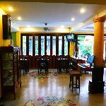 the beautiful foyer/breakfast area