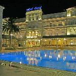 Hotel Lapad by night