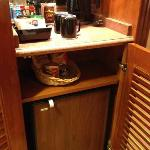 Minibar and fridge