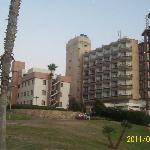 маленький отель на берегу Средиземного моря в Нетании.