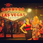 Fabulous girls, fabulous Las Vegas! lol