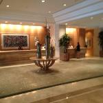 Lobby Island Hotel.