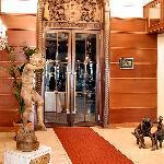 Gourmet Club Restaurant entrance