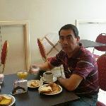 Desayuno en el comedor de piso 11