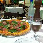La Piazza, Restaurant - Pizzeria Foto