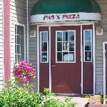 Visit Pat's Pizza on your way to Sunday River Ski Resort