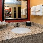 Guest Room - Vanity