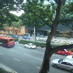 Вид из окна на Beach Road