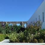 Les jardins et la vue sur l'aqueduc