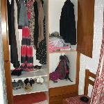 Room 313 - Loads of storage