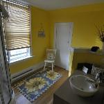 Wicker Suite - Bath Room