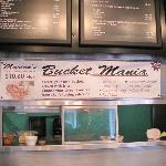 Bucket menu
