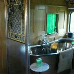 Copper Soaking Tub in the Grape Escape ~ wow!