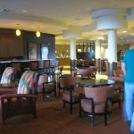 dining/lounge area in hotel lobby