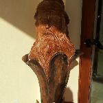 altra scultura su tronco