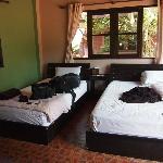 Sairee Cottage: double + single AC bungalow