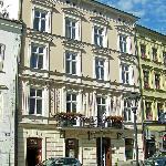 Hotel Senacki from Street