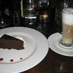 FLOURLESS CHOCOLATE CAKE & CAFE LATTE