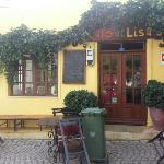 Cafe at Lisa's