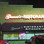 Gianni's Ristorante and Pizzeria