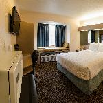 One Queen Bedroom