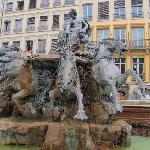 Brunnen auf dem Rathausplatz