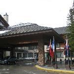 Main entrance to Lodge