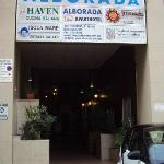 Alborada Apart Hotel from the road