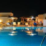 Naxos Palace Hotel, pool and bar area