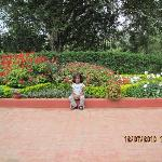 The garden within the resort, with my daughter !
