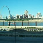 Early morning view of Miss. River & Arch
