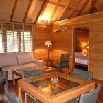 BoraBora bungalow Inside