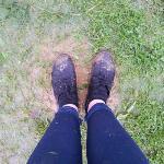 feet sinkin in mud