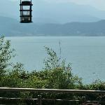Vista del Lago desde la terraza del Restaurante.
