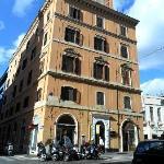 Lirio Hotel, Via del Viminale