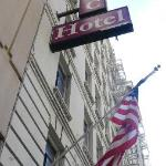 San Francisco International Hostel - Operating out the Old Olympic Hotel