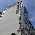 宜蘭伯斯飯店位於宜興路一段