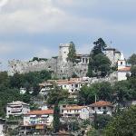 Vista de Trsat desde la ciudad de Rijeka