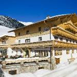 Außenansicht Alpengasthof Praxmar